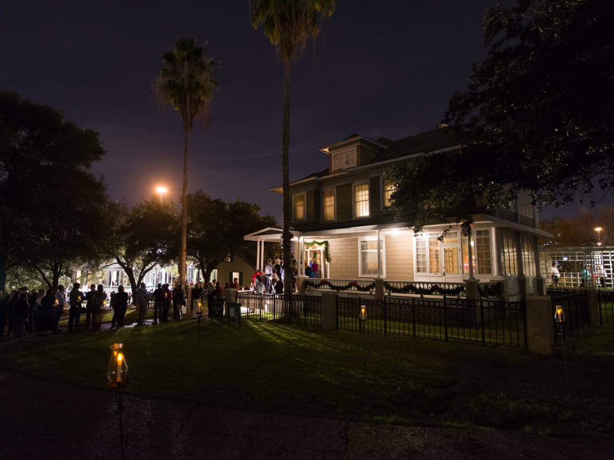 Heritage Society's 51st Annual Candlelight Tour & Grand Re-Opening of Sam Houston Park