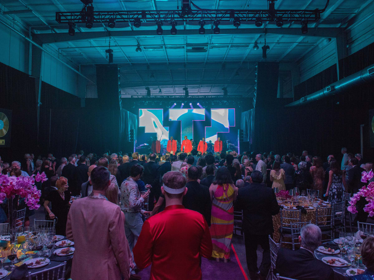 Overview of Alley Theatre In the Groove Gala with Temptations