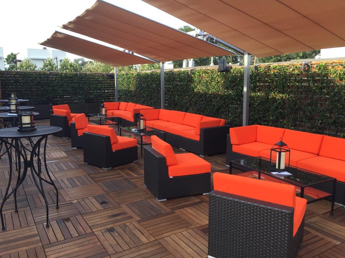 Rosemont Montrose roof bar