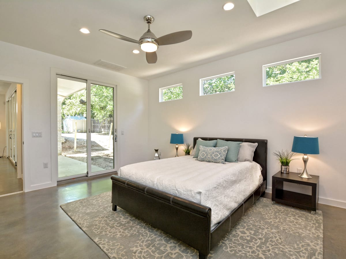 1804 Frazier Austin house for sale bedroom