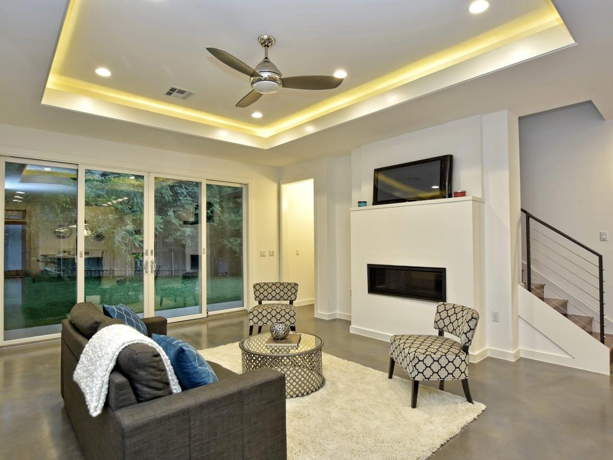 1804 Frazier Austin house for sale living room