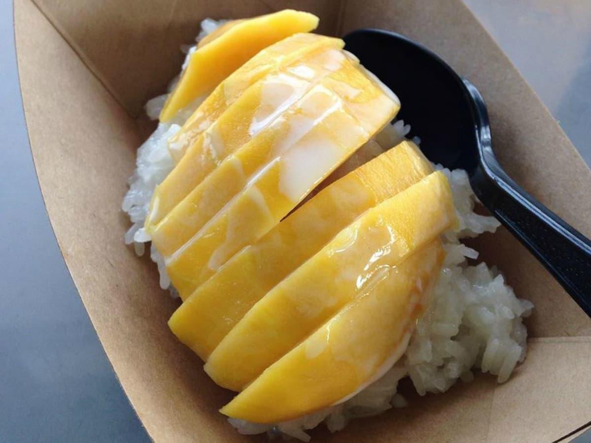 Dee Dee food truck That food Austin mango sticky rice