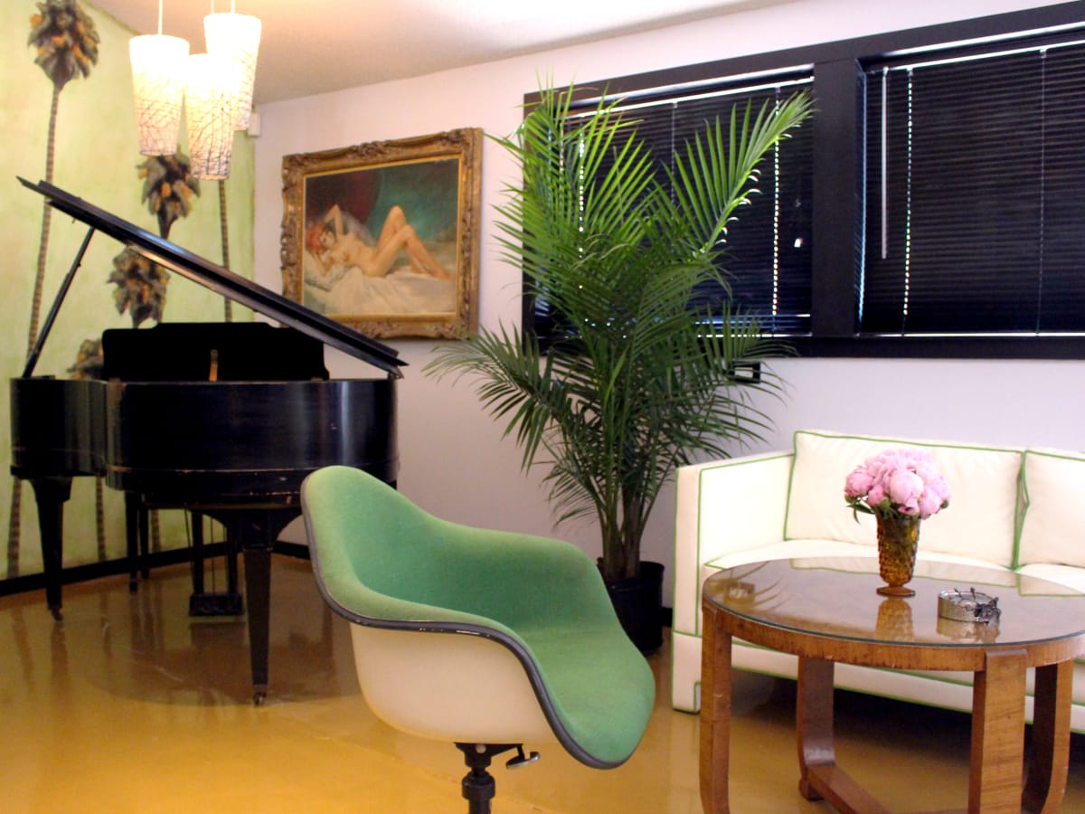 Kitty Cohen's Austin bar interior piano