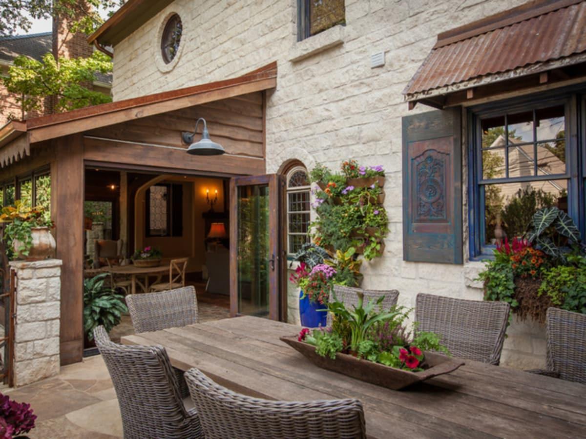 Dallas University Park home Houzz tour porch