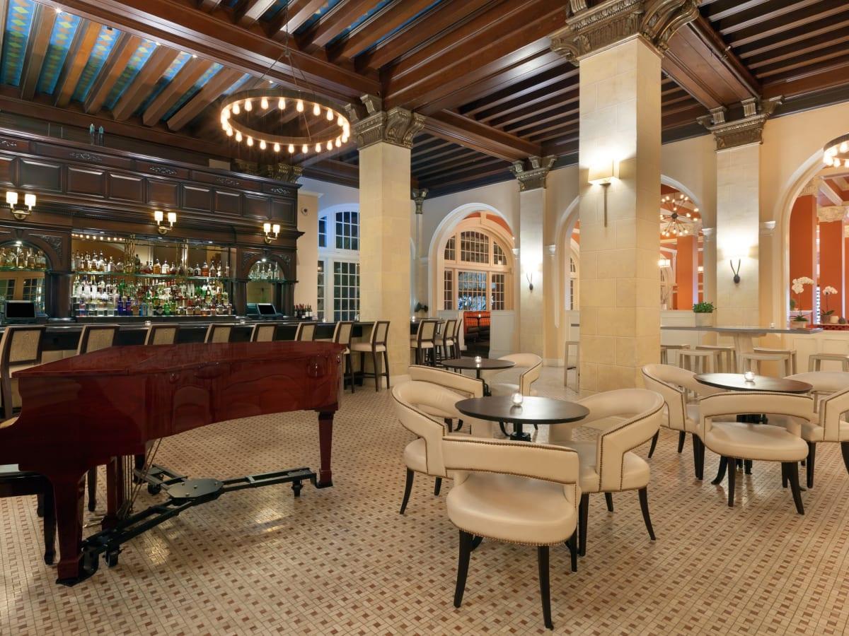 Hotel Galvez bar