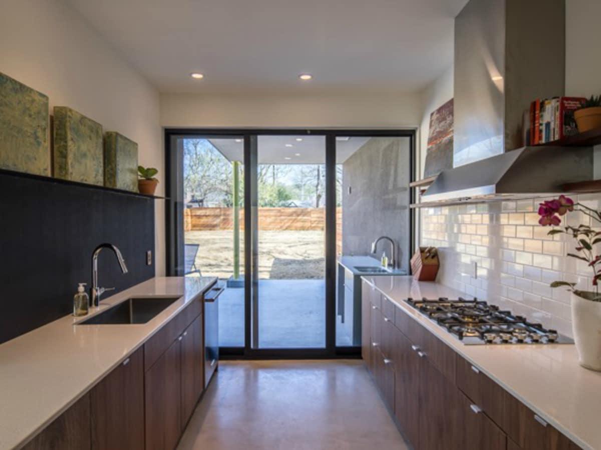 Austin house home dulplex 3305 Garden Villa Lane 78704 March 2016 kitchen