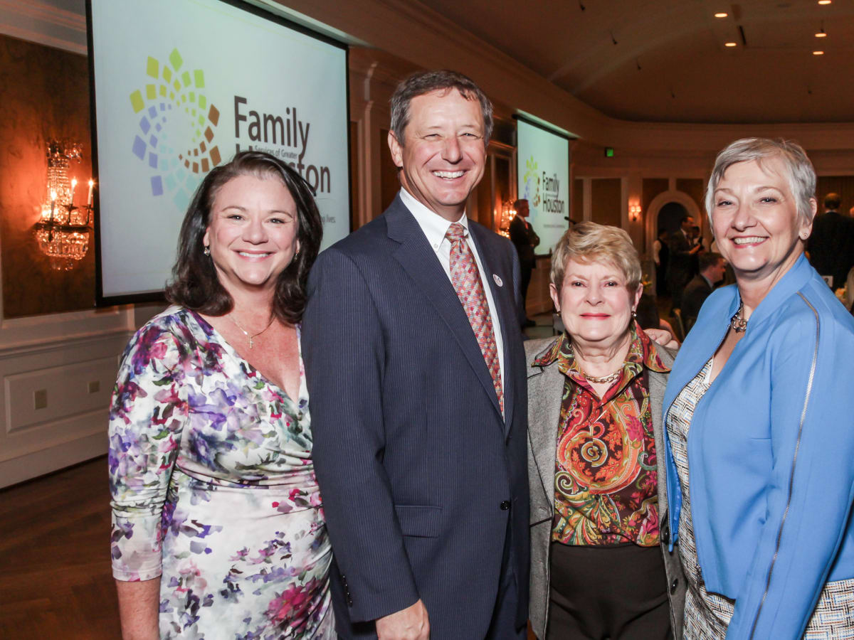 Family Houston, March 2016, David Wuthrich, Tara Wuthrich, Penny Butler, Helen Vollmer