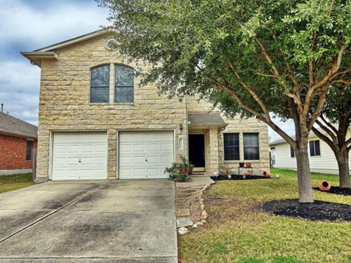 Austin house home 6016 Speyside Drive 78754 February 2016 front SMALL