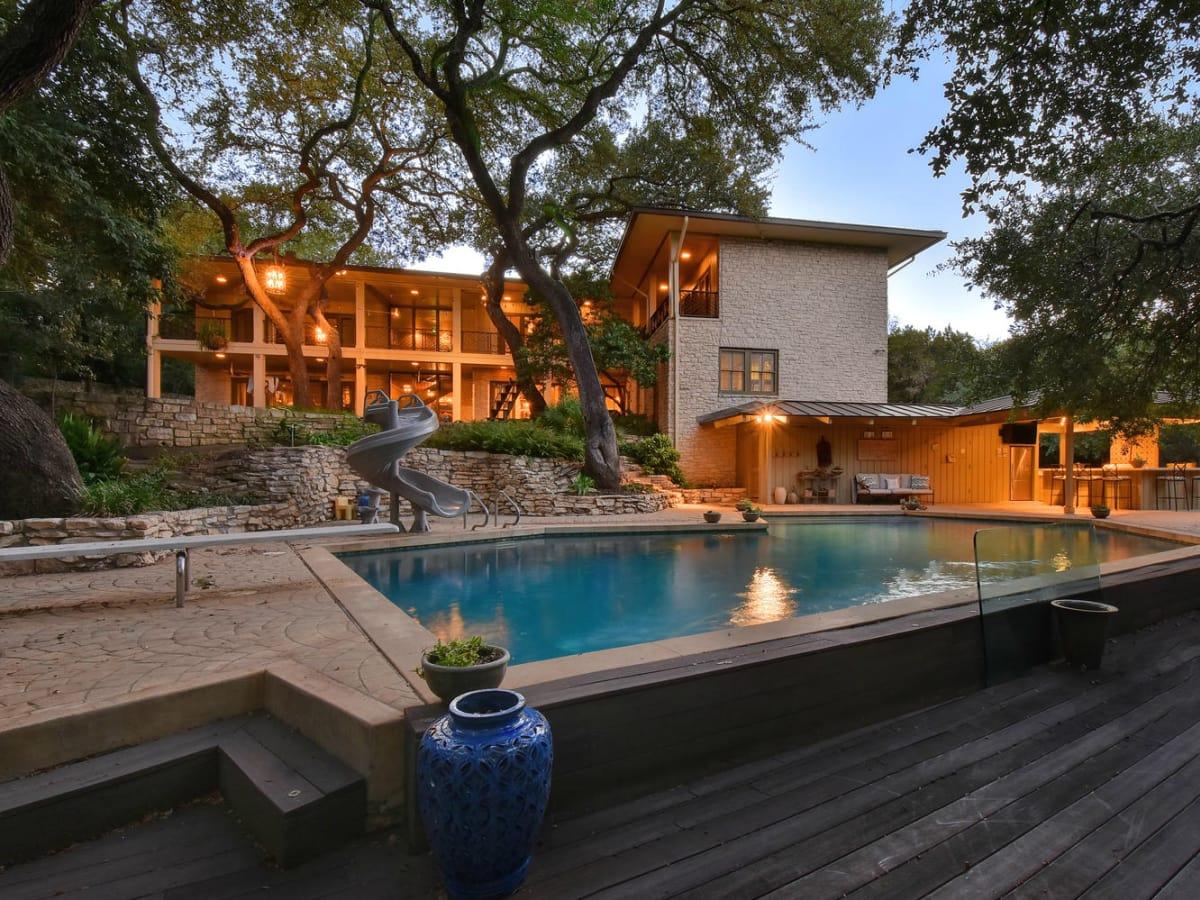 Austin house home Tarrytown 2610 Kenmore Court Ben Crenshaw February 2016 backyard pool