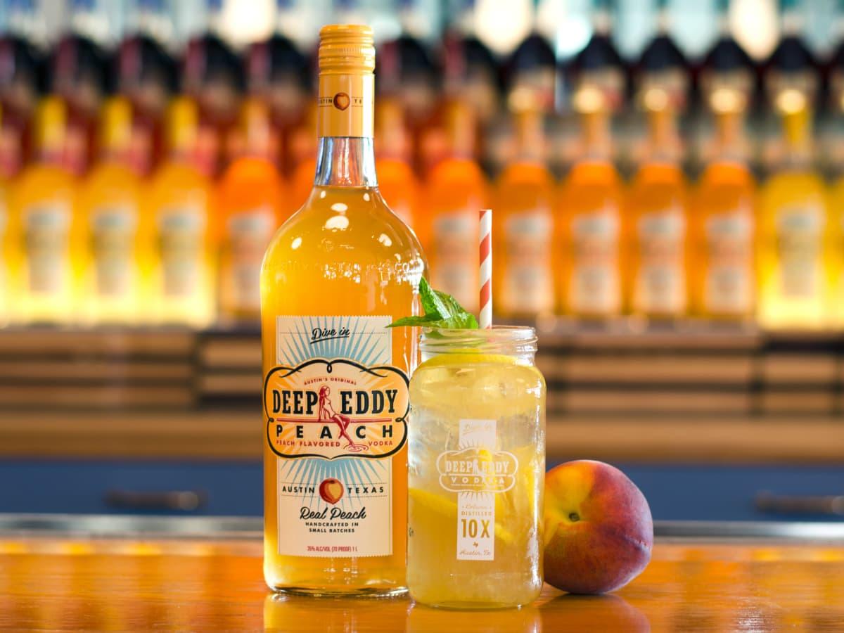 Deep Eddy Vodka Peach flavor peach lemonade cocktail drink 2016