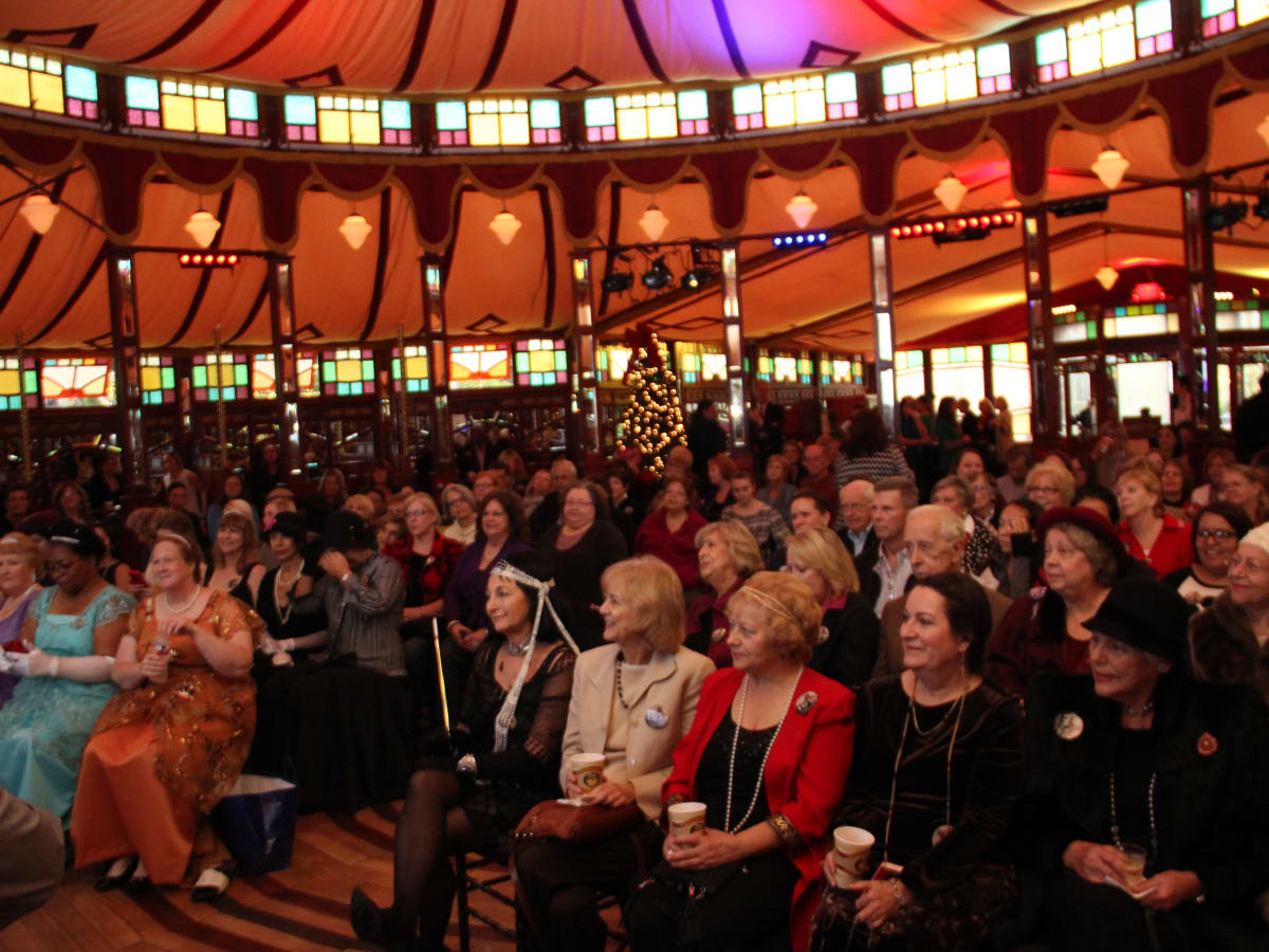 Fans at Downton Abbey Manor of Speaking sneak preview