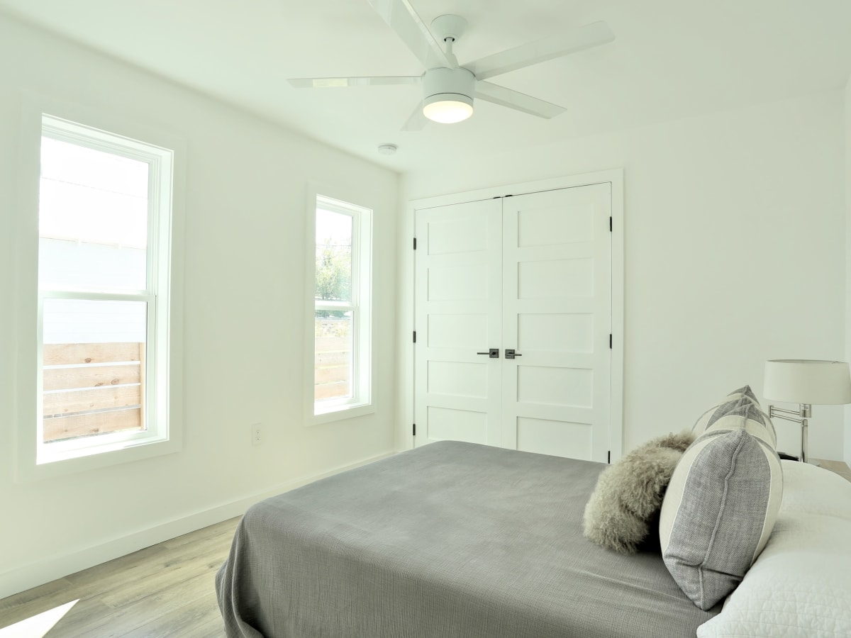 1209 Salina Austin home for sale bedroom