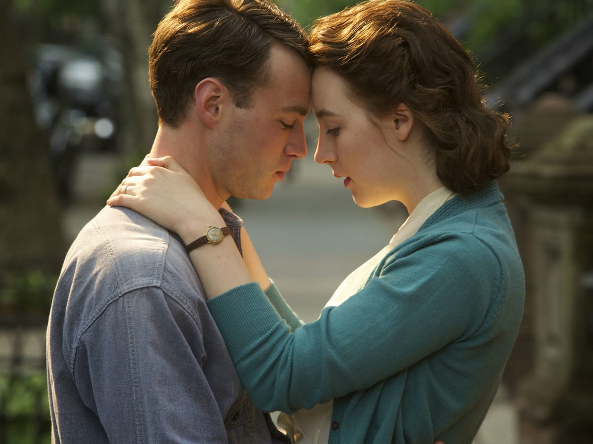 Emory Cohen and Saoirse Ronan in Brooklyn