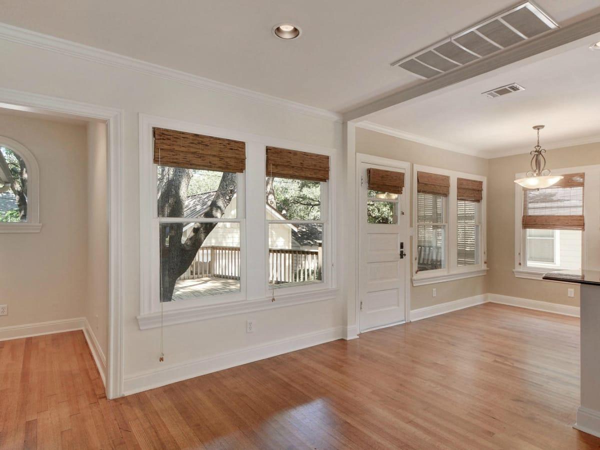 Austin house home 2104 Elton Lane Tarrytown 78703 breakfast room