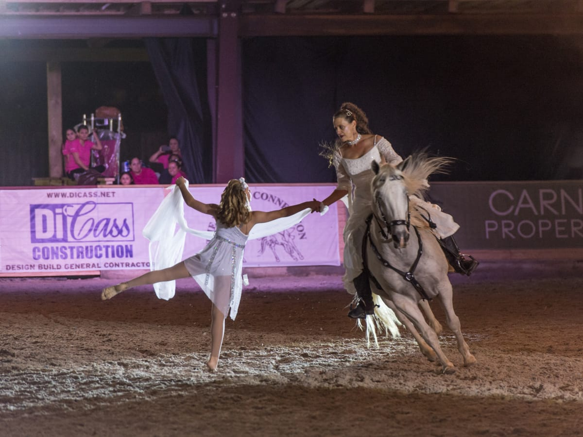 News, Shelby, Haras Cup, Nov. 2015, ballet dancer and horse