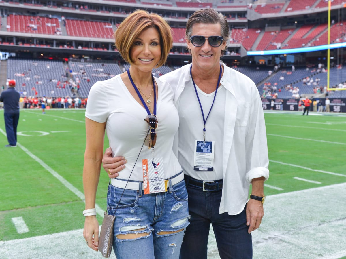 News, Shelby, Pix of the Day, Texans Game, Dominique Sachse, Nick Florescu, Sept. 2015