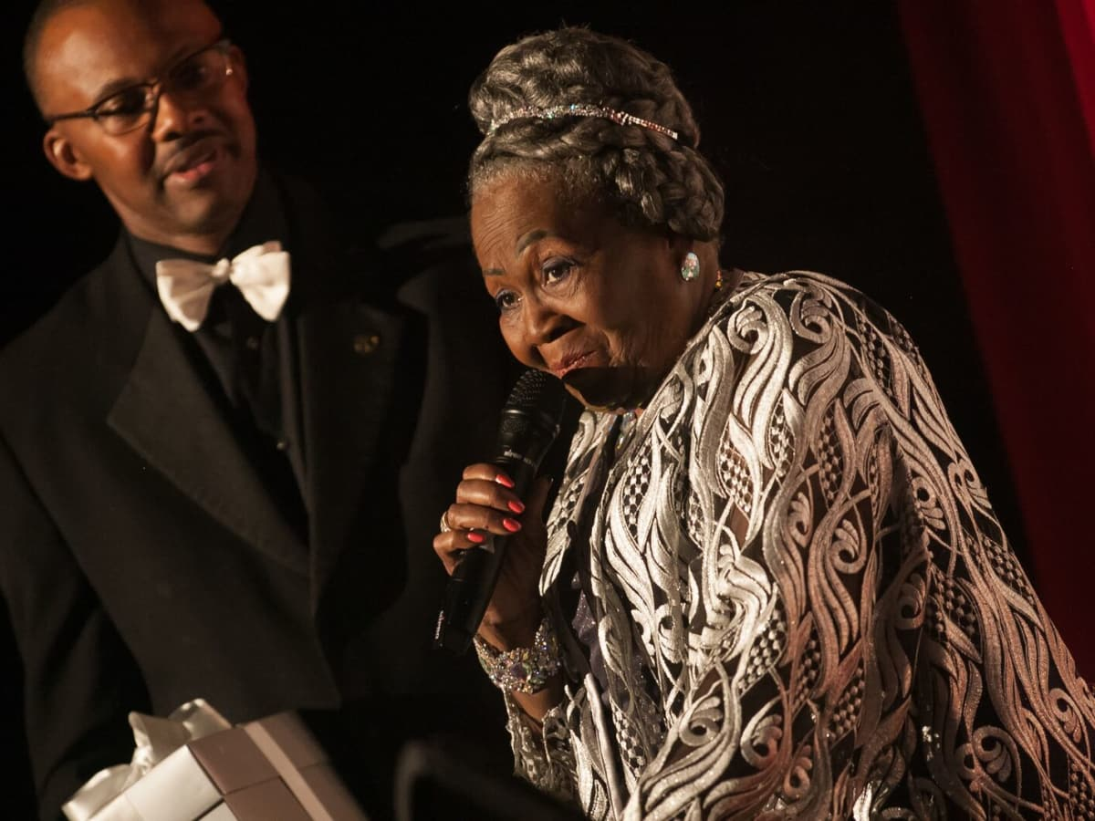 News, Shelby, Ensemble Theatre gala, Aug. 2015, Irma P. Hall