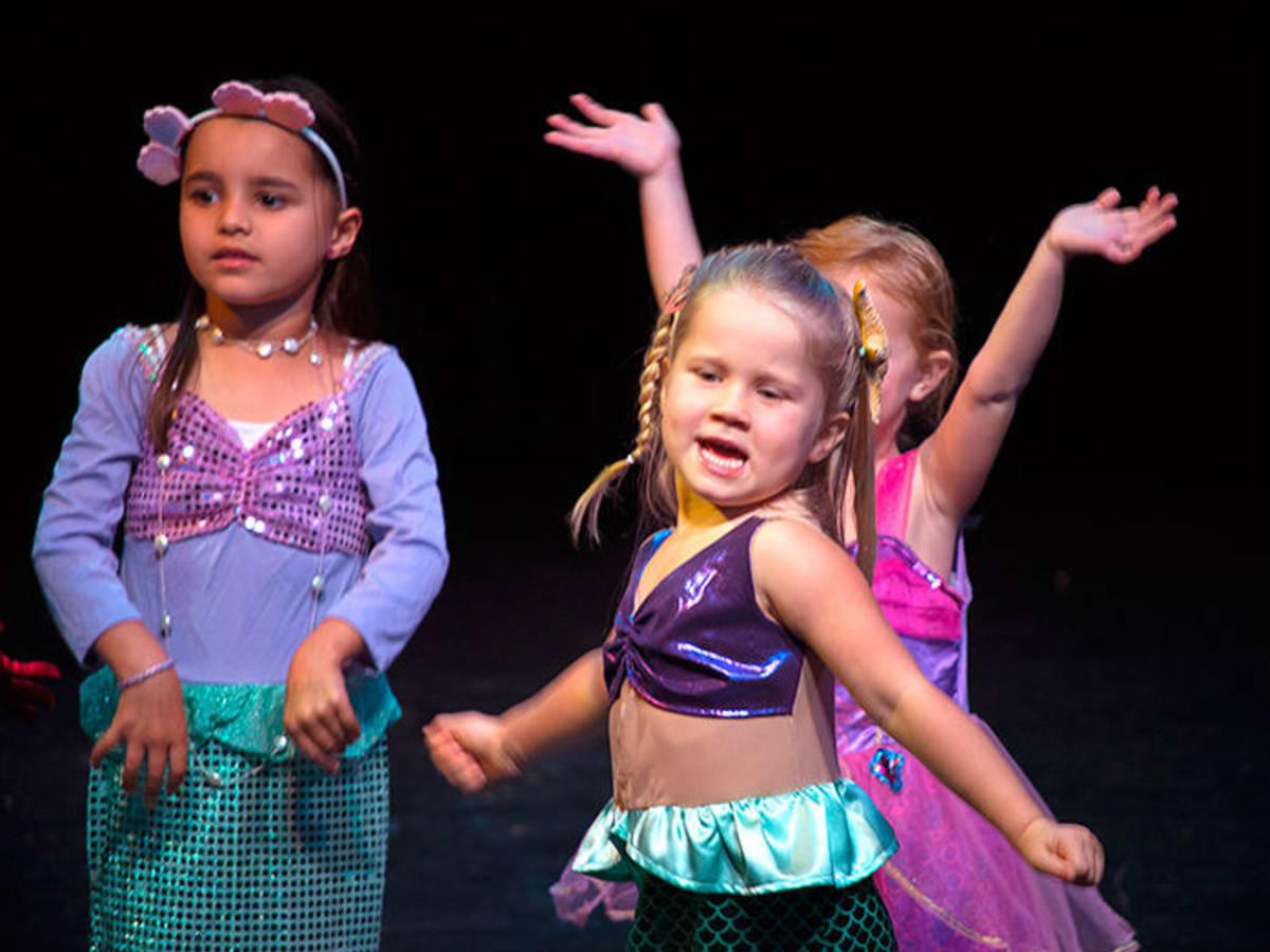 Austin News_Adderley School Girls_August