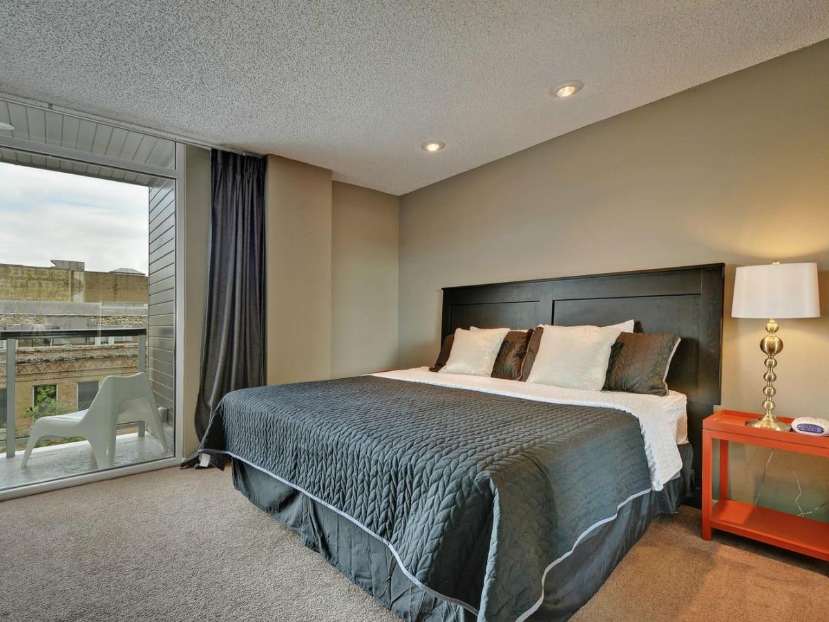 Littlefield Lofts Top downtown Austin Trip Rentals bedroom 1 2015