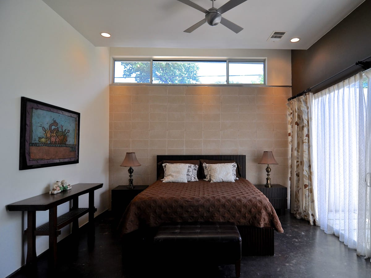 Austin home house 1011 E. 15th St. 78702 2015 master bedroom