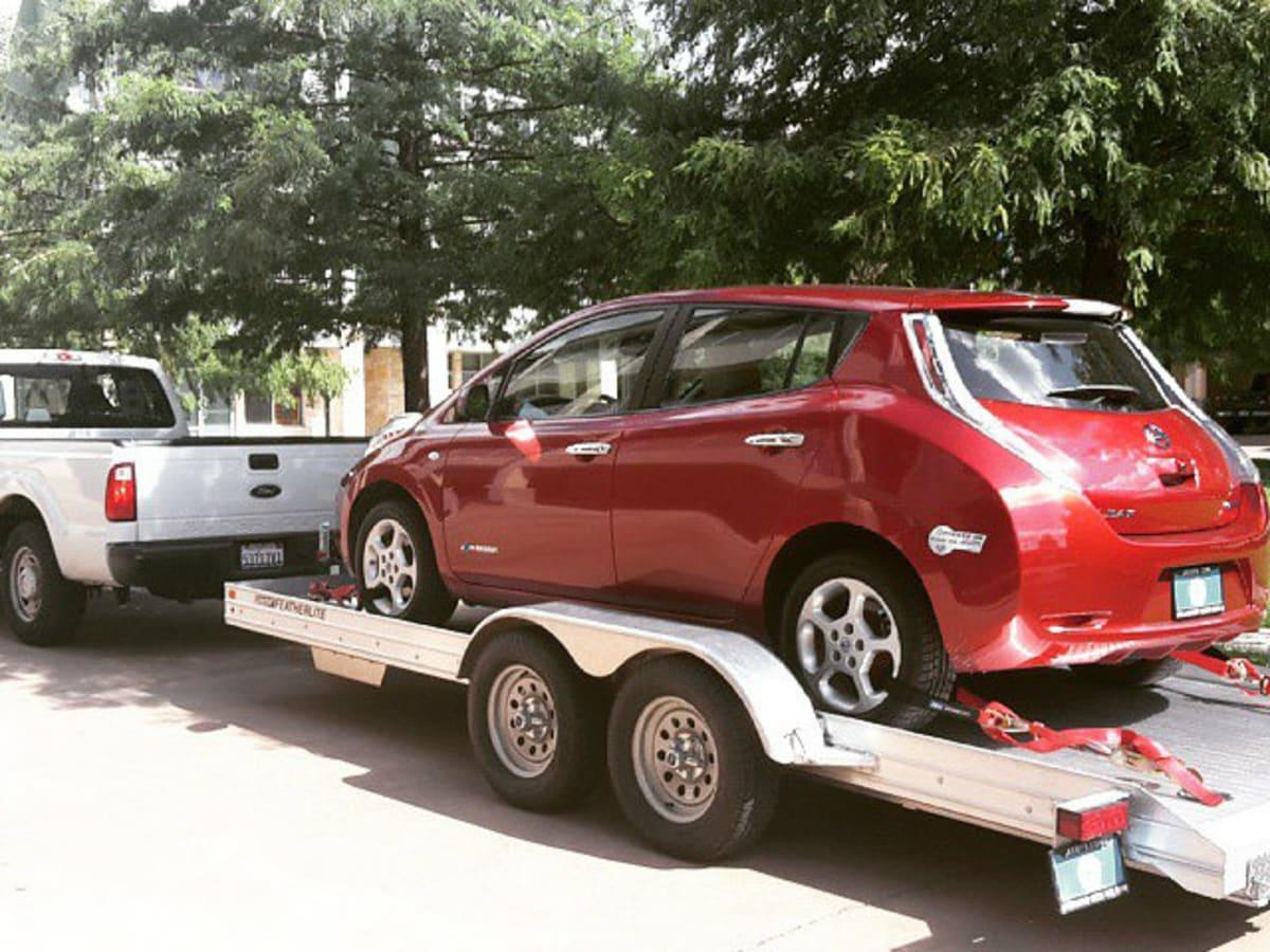 Car being delivered by Beepi
