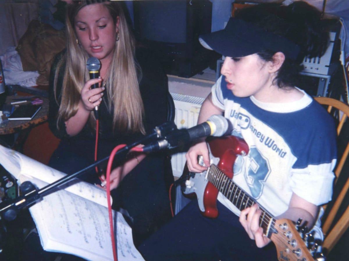 Scene from Amy Winehouse documentary, Amy