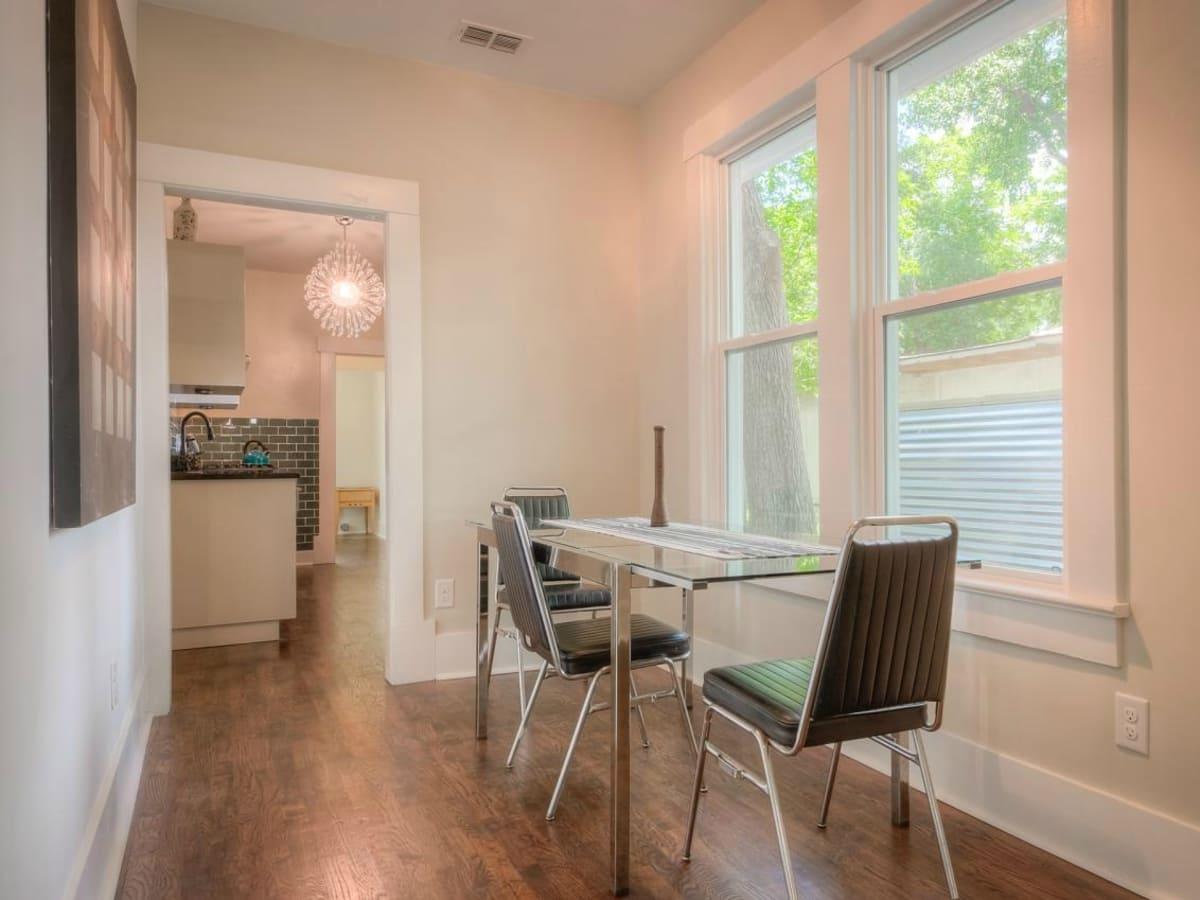 1122 Gunter St 78702 East Austin house dining room 2015