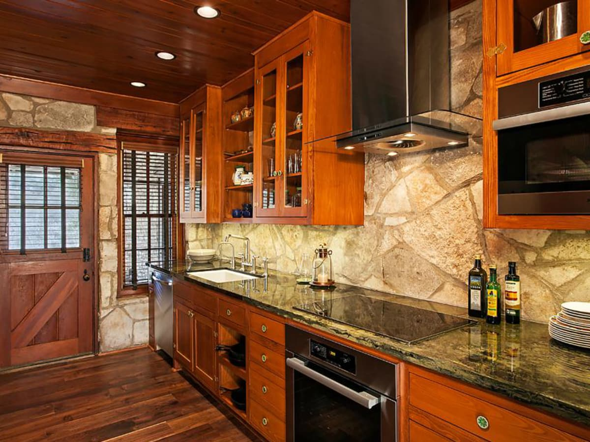 Porch.com_Austin kitchen_C G & S Design Build_2015