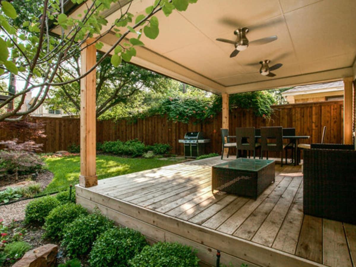 Covered patio at 811 Monte Vista Dr. in Dallas