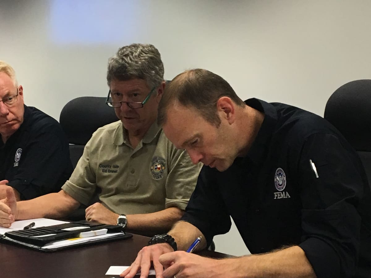 Harris County Judge Ed Emmett with FEMA director Brock Long after Hurricane Harvey