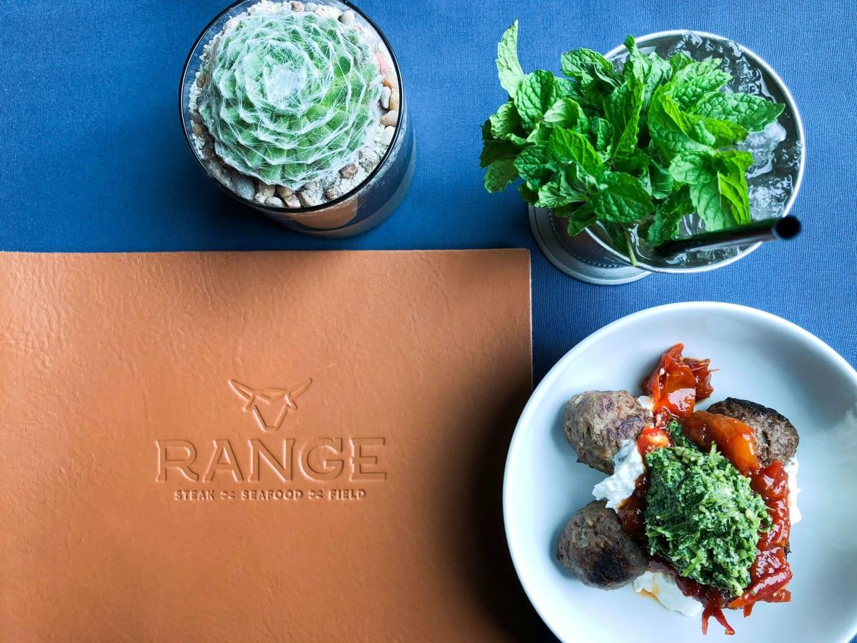 Range SA menu and tablescape