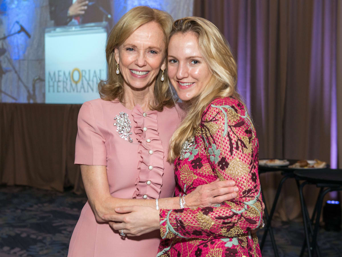 Susan Sarofim, Kelly Krohn at Memorial Hermann Razzle Dazzle luncheon