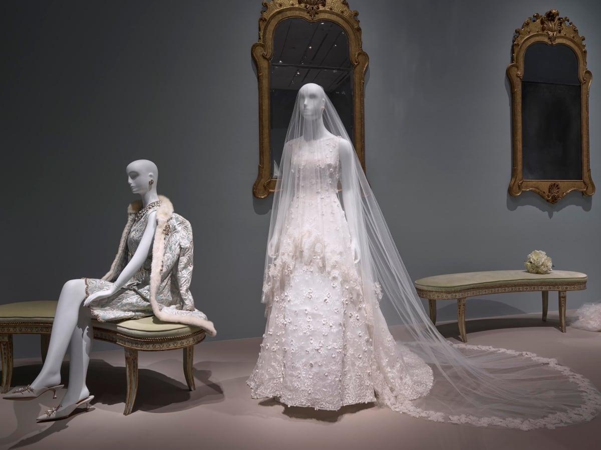 Oscar de la Renta MFAH exhibition Eliza Bolen wedding gown