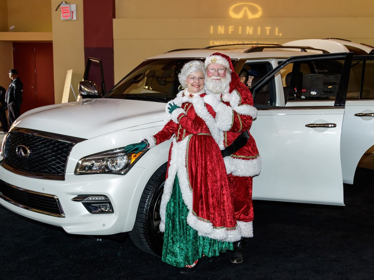 Santa, Infiniti, CultureMap Dallas Holiday Pop-up 2017
