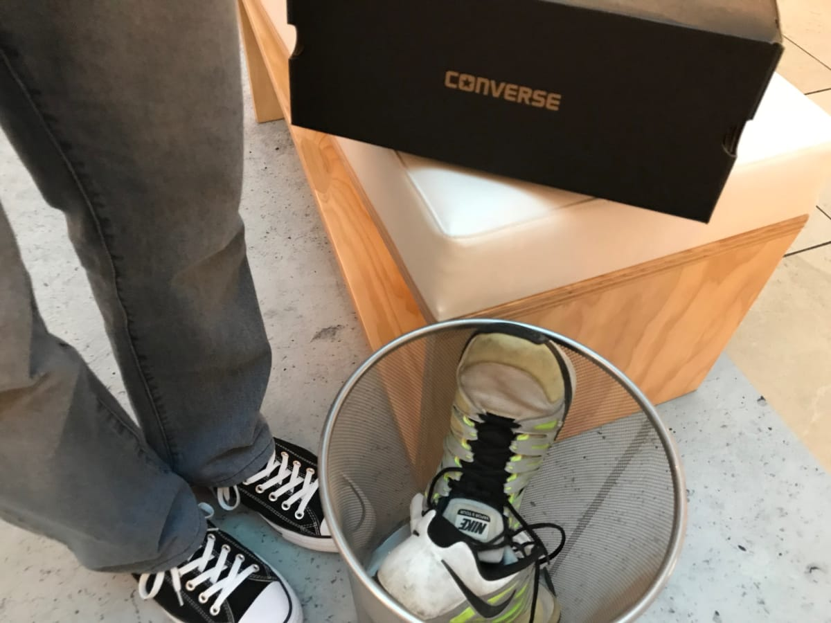 Ken Hoffman throws shoes in trash for new Chucks
