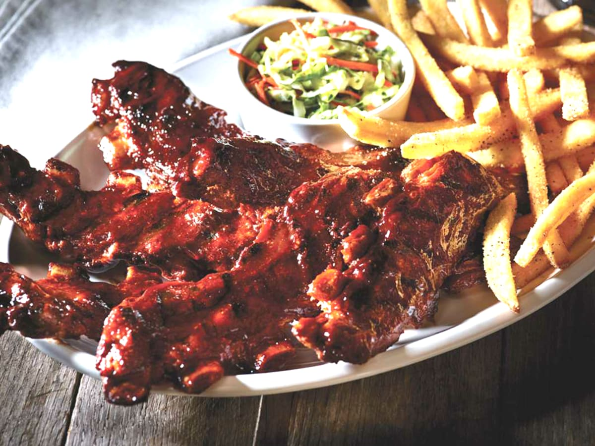 Drive-Thru Gourmet - Applebees All You Can Eat Riblets