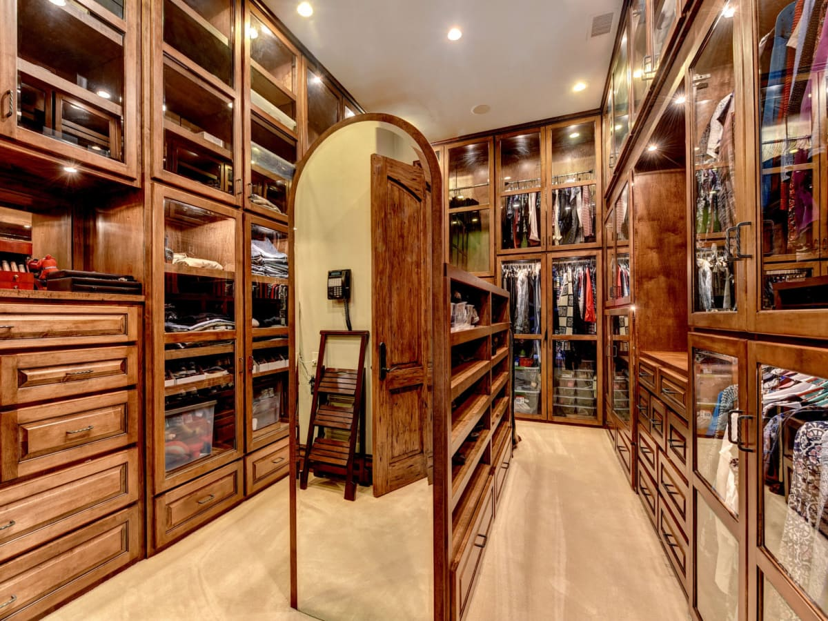 APRE home trends Costa Bella closet