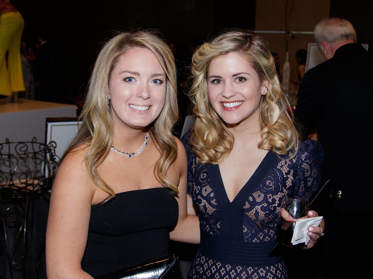 Whitney Wallace, Alyssa Casey
