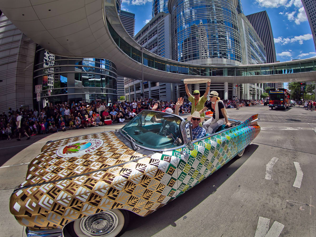 Art Car parade downtown fisheye