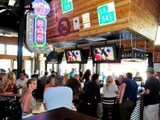 Dodie's Seafood Cafe, Cafe, Bar, Restaurant, Cajun