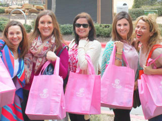 Hill Country Galleria presents Pink Wine Walk for Komen
