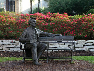 Abraham Lincoln statue at Dallas Arboretum