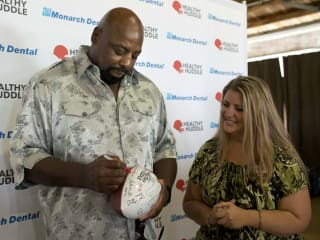 "Ed ""Too Tall"" Jones at Healthy Huddle"