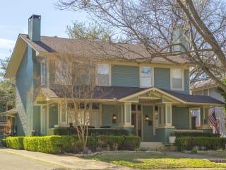 Munger Place Wine Walk & Historic Home Tour