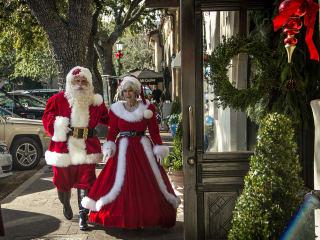 Santa and Mrs. Claus at Highland Park Village