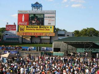 Reckless Kelly Celebrity Softball Jam_Tournament_Dell Diamond