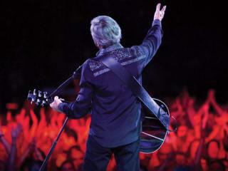 Neil Diamond in concert