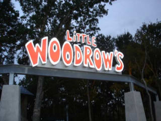 Little Woodrow's at Southpark Meadow's sign