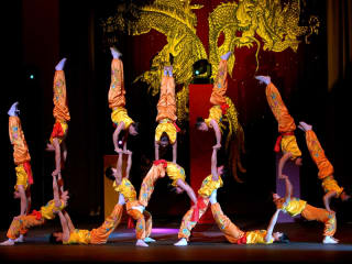 Events_Peking Acrobats
