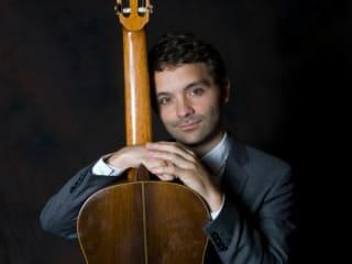 classical guitarist Thomas Echols